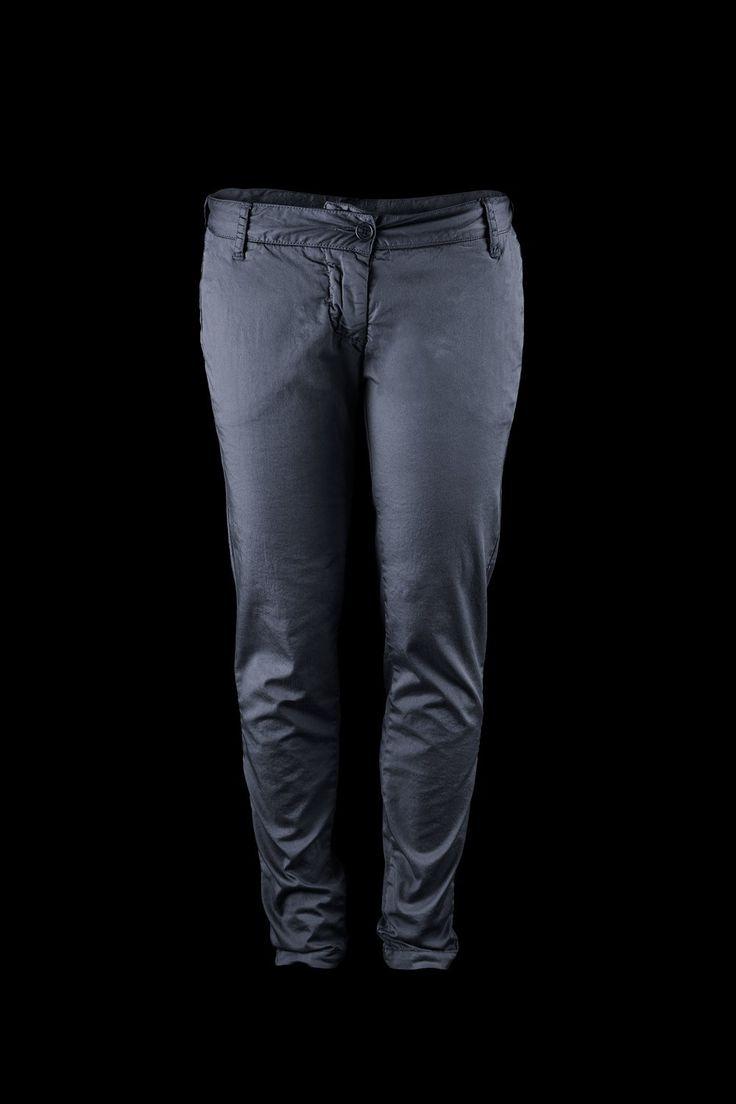 #pantalonidonna #womantrousers #slimfit #SALDI #pantalonisaldi #leggings