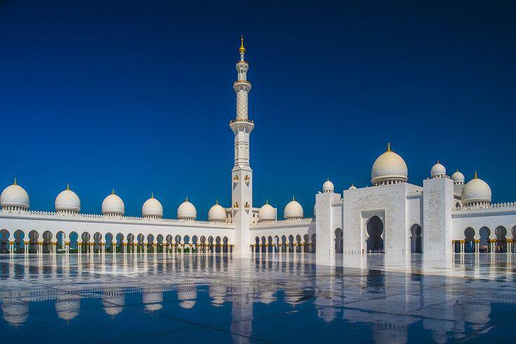 Sheikh Zayed Grand Mosque in Abu Dhabi _DSF3625-HDR FUJIFILM X-T1 + Mitakon Zhongyi Lens Turbo Focal II Reducer Adapter for M42 + M42 Tokina RMC 17mm f3.5_