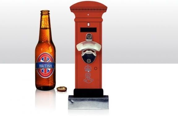 Bottle/Beer Bottle Opener ~ RED POST BOX ~ Wall Mounted with Cap Catcher FOR SALE • EUR 10,90 • See Photos! Money Back Guarantee. Bottle Opener ~ Red Post Box Wall mounted wooden bottle opener with cap catcher trayMeasures: 28cm x 10.5cm x 5cm approxRed Post Box designPLEASE NOTE: Beer not IncludedGreat gift.. This 352023206047