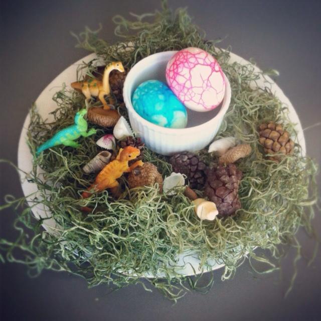 Dinosaur Eggs for Easter Fun.Crack Eggs, Easter Spring Valentine, Easter Fun, Dinosaurs Eggs, Easter Eggs, Eggs Colors, How To, Baby Boy, Dinosaurs Easter