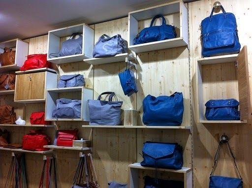 Boutique parisienne Nat & Nin : http://www.menagere-trentenaire.fr/2014/05/15/inauguration-boutique-parisienne-nat-nin