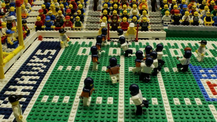 Super Bowl XLVIII: Seattle Seahawks destroy Denver Broncos – brick-by-brick video
