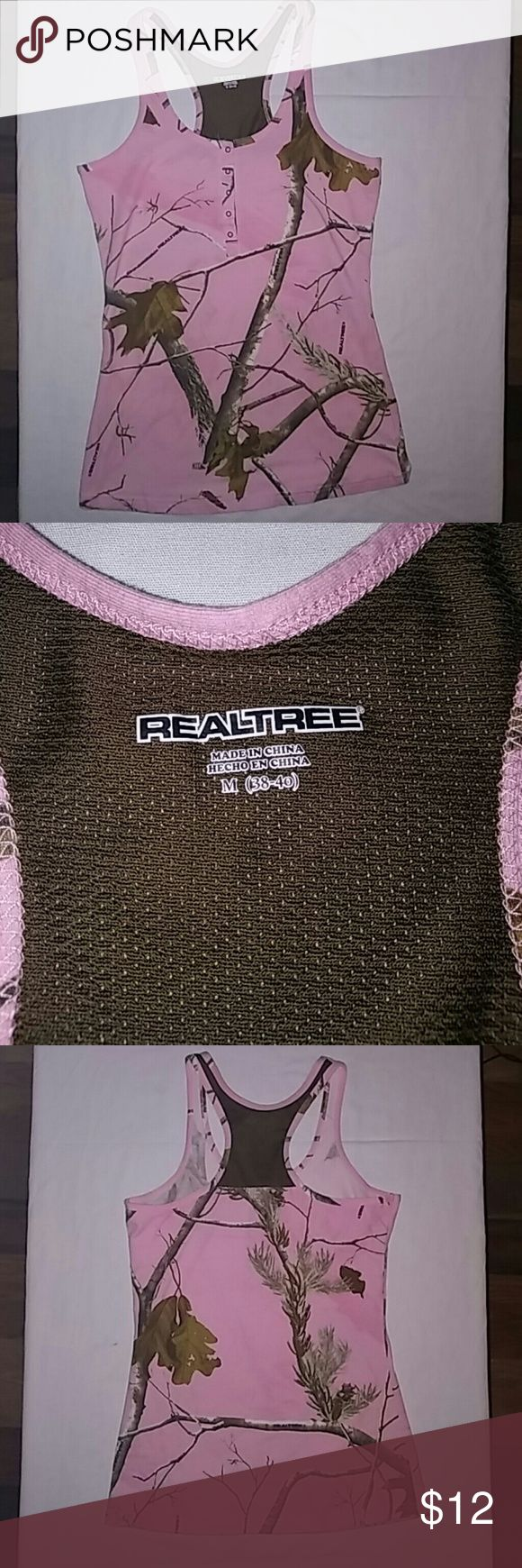 Women's Realtree Pink Camo Tank Top Medium Racer back tank top. 5 buttons in front. Excellent Condition. Size Med. Realtree Tops Tank Tops
