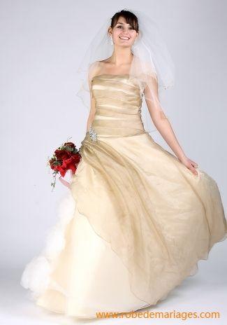 Robe ballon en Satin épais avec des roses en tulle au jupe ornée de plis Robe de mariée de nouveauté
