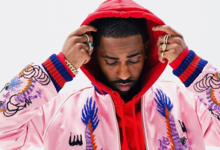"Big Sean Debuts New Song ""Sunday Morning Jetpack"" During SNL Performance  Big Sean  has debuted his new song "" Sunday Morning Jetpack "" live on  SNL . The soulful tune is the latest to appear off his forthcoming  I Decided.  album due Feb. 3rd and follows up "" Bounce Back "", "" Moves "" and "" Halfway Off The Balcony "" off the project.   He performs both ""Sunday Morning Morning Jetpack"" and ""Bounce Back"" on SNL alongside a live band. We hear a slower, more soulful approach to the new t.."