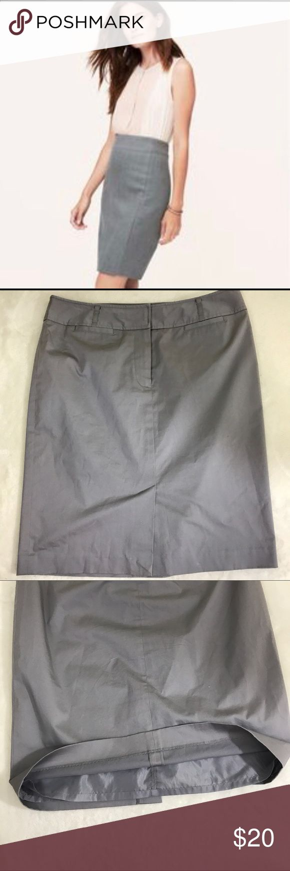 LOFT Silver Gray Pencil Skirt Business Casual Sz 8 Excellent condition with no stains or defects. See photos for measurements. LOFT Skirts Pencil