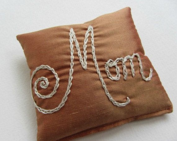 Natural Mom's are beautiful. by Joanne Ginsberg on Etsy