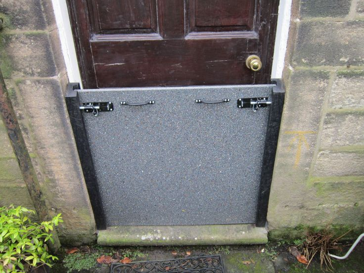 800mm high flood barrier for front door, flood protection, flooding ...
