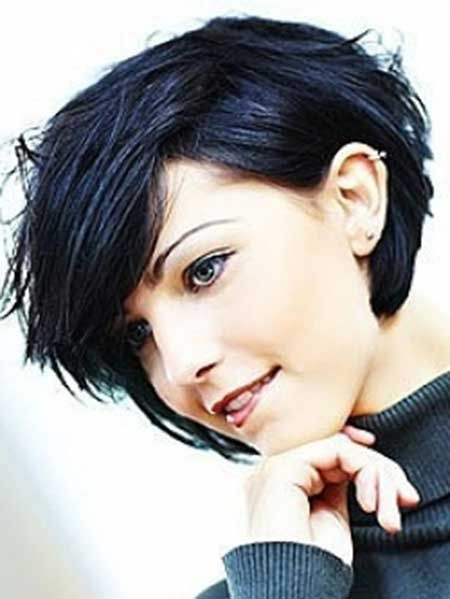 Fine hair isn't really a big problem as there are the array of lovely  short hairstyles for fine hair. We bring out latest hair trends to show you  there are hairstyles that can be worn on with style. Here is a list of 40 Short  Hairstyles for Fine Hair and haircuts with how to pull them off.    short hairstyles for women, short hairstyles for thick hair, short hairstyles  for women over 50, short hairstyles for round faces