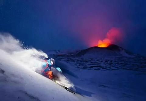 Roaring red hot lava bursting from a snow covered volcano mountain. GREAT PHOTO COMPOSITION of this POWER BEYOND US - https://www.pinterest.com/DianaDeeOsborne/power-beyond-us/ - in the icy world. An example of how #Twilight pictures when little light is in the sky can create Art Museum worthy Dramatic photos. #DdO:) - Photo source: mococo45magnum on Twitter.