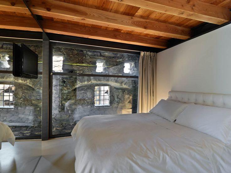 10 best interni case in pietra images on pinterest attic for Log e piani di casa in pietra