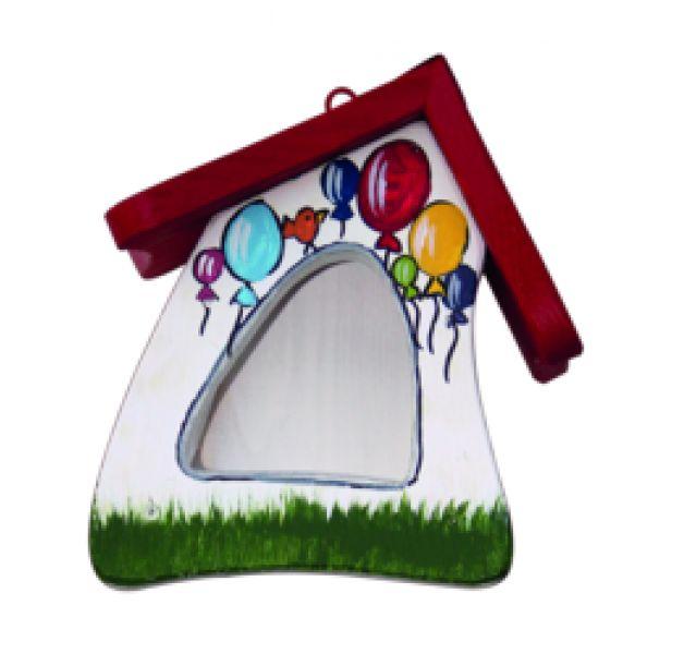 Dieses handbemalte Futterhaus eignet sich für vor allem für Kohlmeisen, Finken und Feldspatzen. **Ihre Idee - Unsere Handarbeit** Für Ihre individuellen Beschriftungen aus der Original...