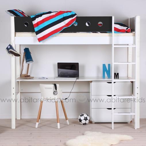 Lit mezzanine pour enfant 90x200 cm de la marque Flexa. 100% évolutif, son bureau sous le lit permet à votre enfant d'optimiser l'espace de sa chambre