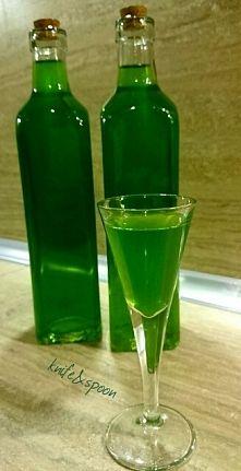 Zobacz zdjęcie Nalewka z mięty  Składniki :  500 ml spirytusu liście ok. 10 dużych łodyg mię...