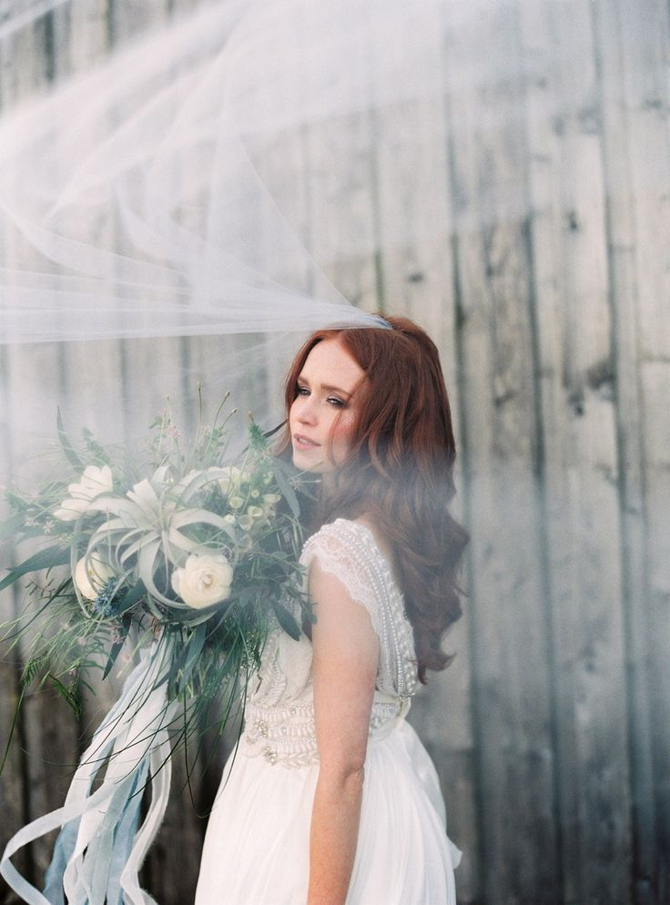 Photography : Lucy Davenport Photography Read More on SMP…