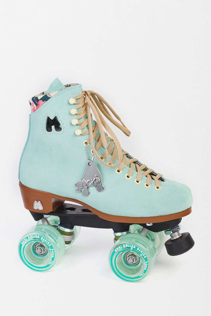 moxi lolly roller skates products i want pinterest urban outfitters impressionnant et amour. Black Bedroom Furniture Sets. Home Design Ideas
