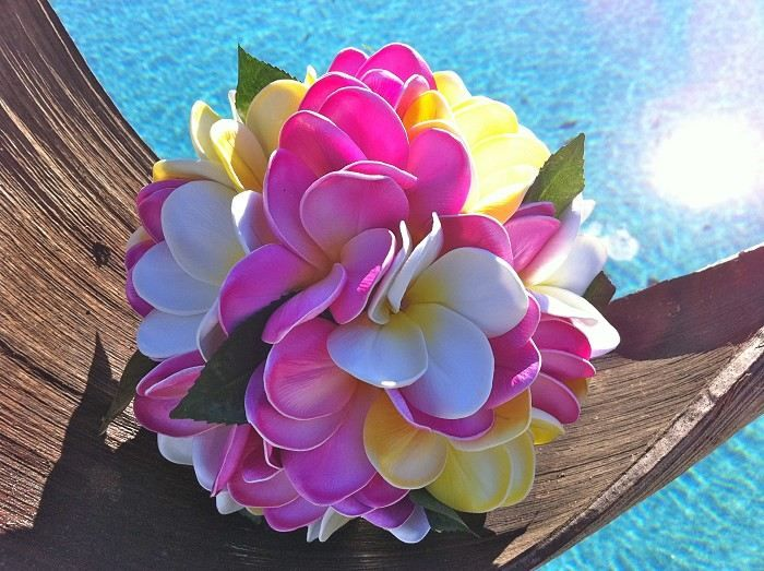 Blue Hawaii Brides Bouquet Flowers by the vase #shopmadeit