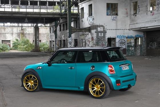 mini cooper - cool color combo