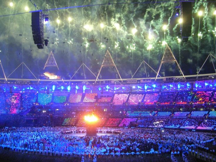 London 2012 Olympics Opening ceremony - http://voyagesetvagabondages.com/2012/07/la-ceremonie-douverture-des-jeux-olympiques-de-londres-2012/#