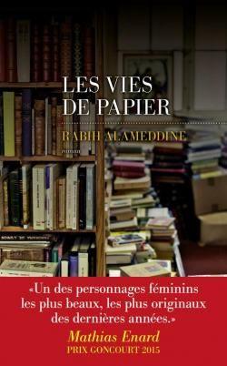 Critiques, citations, extraits de Les vies de papier de Rabih Alameddine. `Des livres dans les cartons - des cartons remplis de papier, des feui...