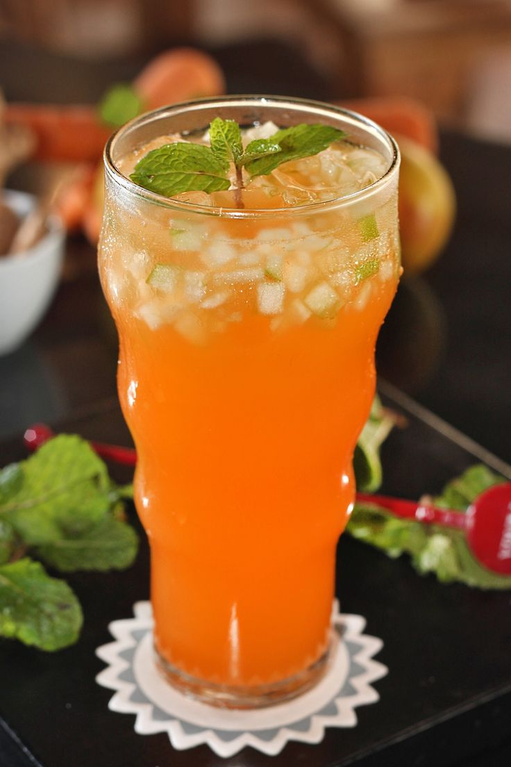 APPLE CARROTA Ingredient : Carrot 100gr, Apple 100gr, Lime Juice 15ml, Ginger Ale 100ml, Ginger Water 200ml. A refreshing drink the combination of carrot, apple, fresh lime juice with ginger ale and ginger water gives you tasted sweet and delicious but healthy at the same time.