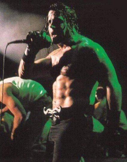 I was sooo in love with Glenn Danzig when I was in high school.  Seeing him in concert up close sent me over the edge!