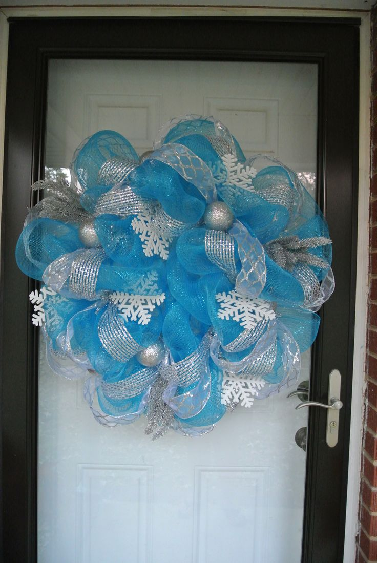 26 best images about wreaths on pinterest red white blue for Deco decorations