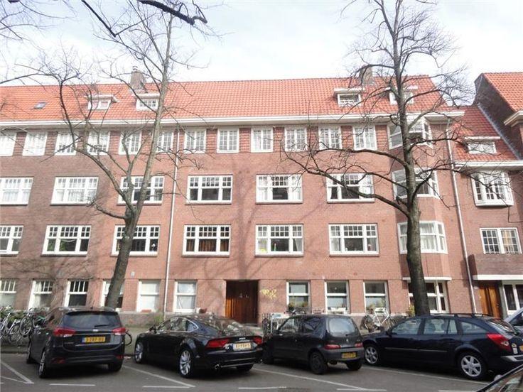 Deurloostraat   Rivierenbuurt   Amsterdam (stad)  Woonruimte te huur in Rivierenbuurt Amsterdam. Vanaf 01-04-2017 komt er een Appartement beschikbaar! Het heeft een oppervlakte van 88m2 4 kamer(s) en 3 slaapkamer(s). Het zal Gestoffeerd opgeleverd worden. De huurprijs is 1.850- per maand (exclusief). De borgsom bedraagt 1.850-. Matchen jouw woonwensen met deze woonruimte?  EUR 1850.00  Meer informatie