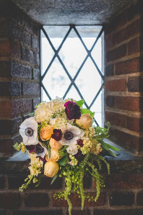 4.mariage-insolite-theme-game-of-thrones-bouquet-de-mariee