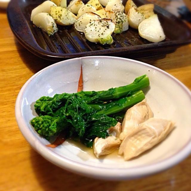 久々に作ってみました♪ - 4件のもぐもぐ - 菜の花の辛子和えと小蕪とジャガイモのオーブン焼き by moeyun