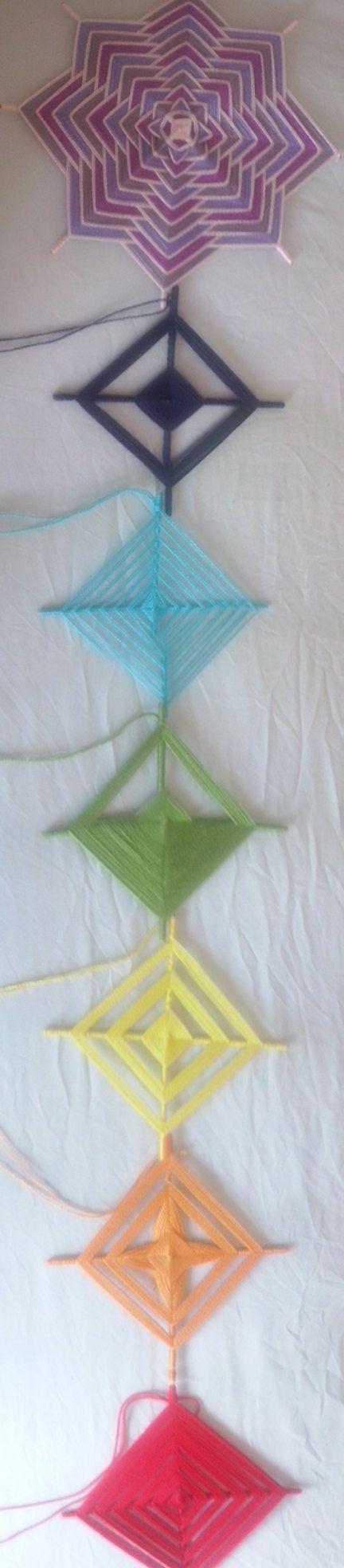 Los 7 chakras. Mandalas tejidos en lana