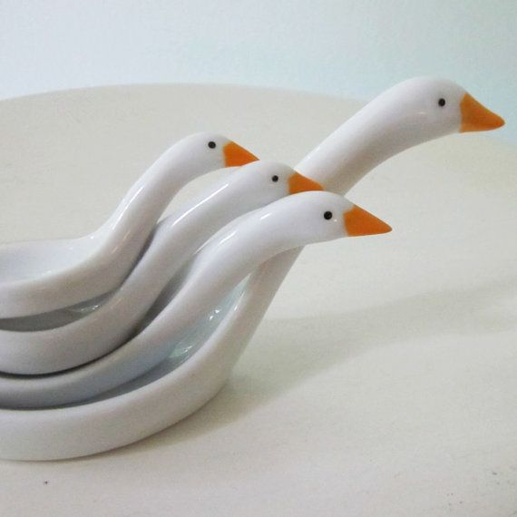 I need these vintage avon duck measuring spoons by sosovintage on Etsy! My mommy used these when I was a kid!