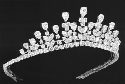 Rosamaria G Frangini | High Royal Jewellery | The Grace Kelly Tiara worn by Princess Grace on her daughter Princess Caroline's wedding in 1978. Platinum* set with pear-shaped diamonds, marquise-shaped diamonds and round diamonds, weighing 77.34 carats. Today this tiara is in Van Cleef & Arpels' Private Collection.