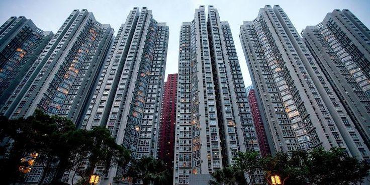 "Kurangi Risiko ""Bubble"" Properti, China Perketat Kredit | 30/03/2016 | KOMPAS.com - Konstelasi properti di China dapat digambarkan sebagai ""pasar ganda"". Kota-kota besar berusaha untuk mendinginkan pasar properti, sementara sebagian lainnya tengah berjuang menekan suplai ... http://propertidata.com/berita/kurangi-risiko-bubble-properti-china-perketat-kredit/ #properti"