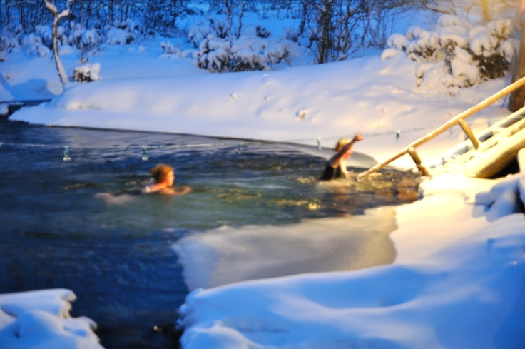Smoke sauna and winter swimming. Kiilopää, Saariselkä. Finland.