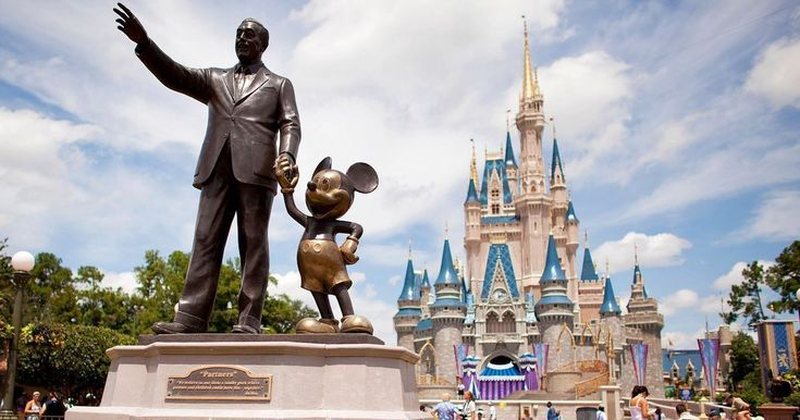 A holiday to Disneyland Florida doesn't come cheap but there are plenty of deals and discounts that mean you won't need to break the bank
