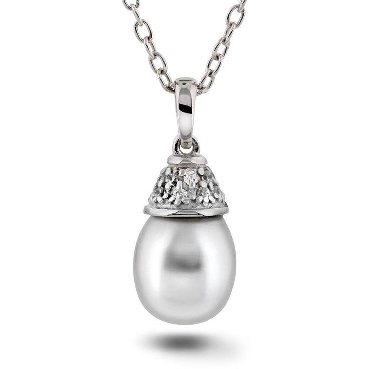 Smykke i sølv med zirkonia og perle