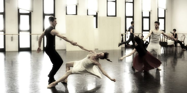 Rehearsals of L'altra metà del cielo - 2012/2013 Season http://www.youtube.com/watch?v=tWYQK_ccCww