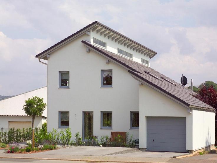 Musterhaus einfamilienhaus mit garage  Einfamilienhaus mit Einliegerwohnung von Wolf System - Musterhaus ...