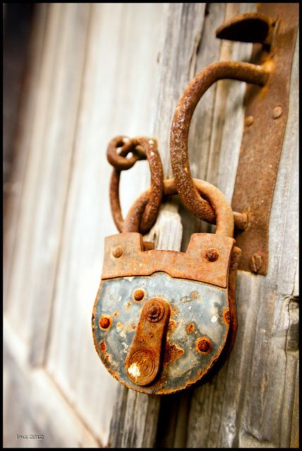 ghost-man-blues:  Aha, I collect old locks and keys! optimisticanger:  camera | Tumblr on We Heart It. http://weheartit.com/entry/34123512