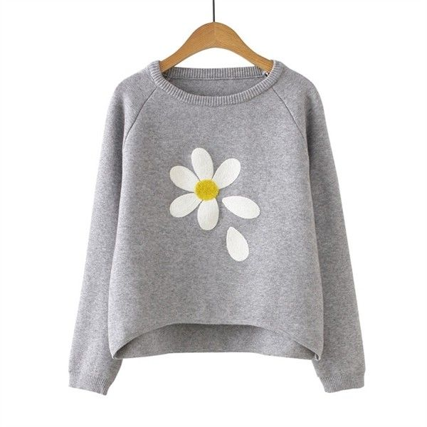 Grey Flower Print Raglan Sleeve Dip Hem Sweater ($34) ❤ liked on Polyvore featuring tops and sweaters