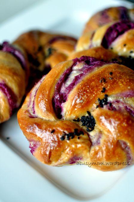 Purple sweet potato buns