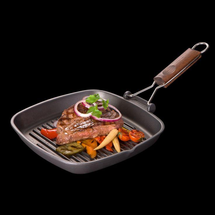 Сковорода-гриль со съемной складной ручкой из дерева от итальянского производителя. 2 года гарантии.