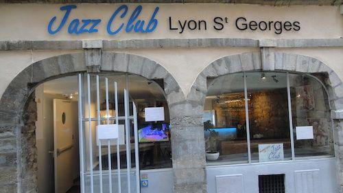 jazzclub-lyon-facade-jour