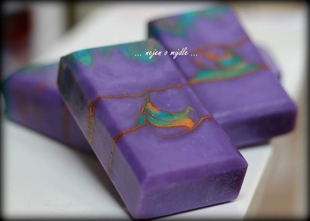 ... nejen o mýdle ...: Teardrop Soap - Soap Challenge Club (May 2016 entry)