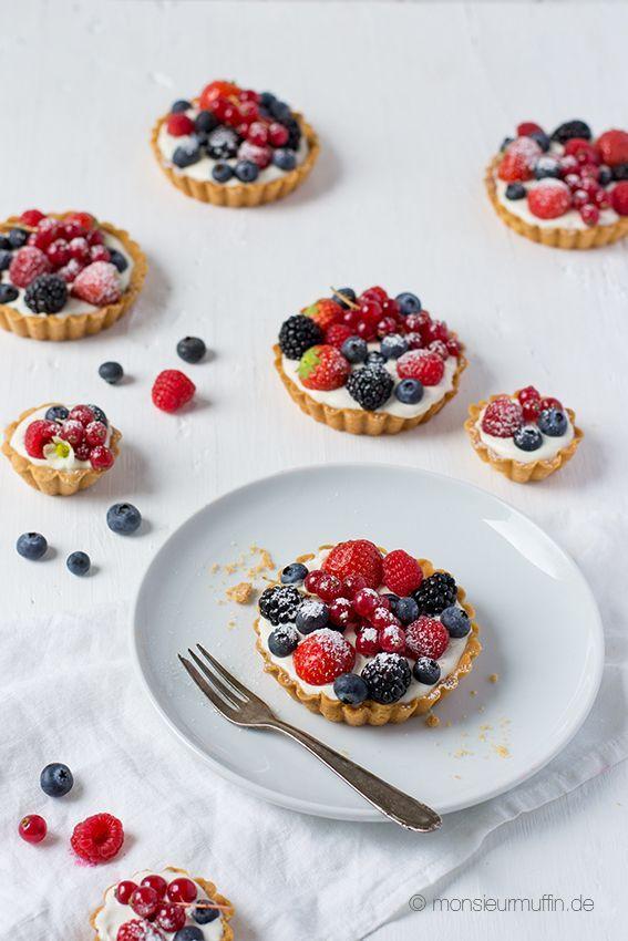 Beeren-Tartelettes mit blitzschneller Cremefüllung | berry cake | Rezept | ©️️ monsieurmuffin