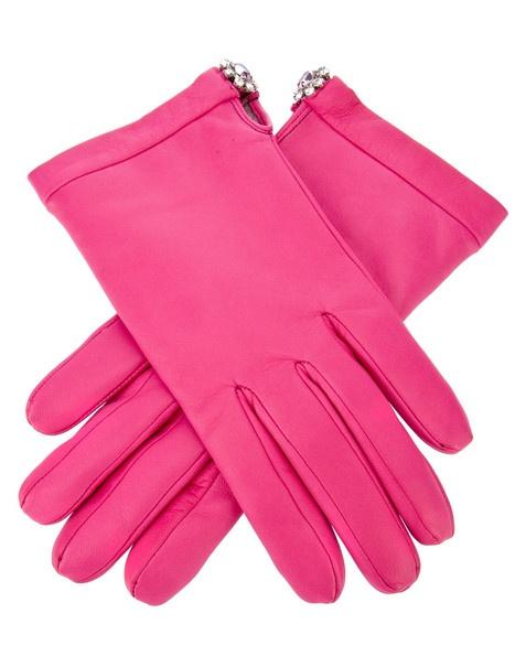 As luvas mais cool para o próximo inverno: http://www.vogue.xl.pt/moda/compras/5638-we-g-love-shopping.html#