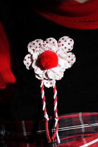 http://artcraft.anniesartbook.com/2010/03/14-pin-martenici-2010.html