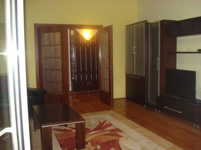 Clucerului – Arcul de Triumf, vanzare apartament 3 camere confort 1 decomandat, situat intr-un imobil nou, suprafata 130mp, etaj 1/5, finisaje de calitate, parchet, gresie, faianta, termopan, se p...
