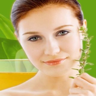 Ayurvedic Home Based Treatment for Oily and Dry Skin